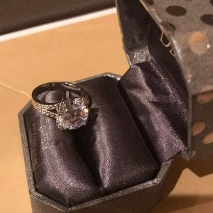 Jewelry - 🎄Silver ring 4/$20🎁